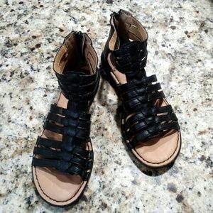 B.O.C Strappy Blk Sandals 6M